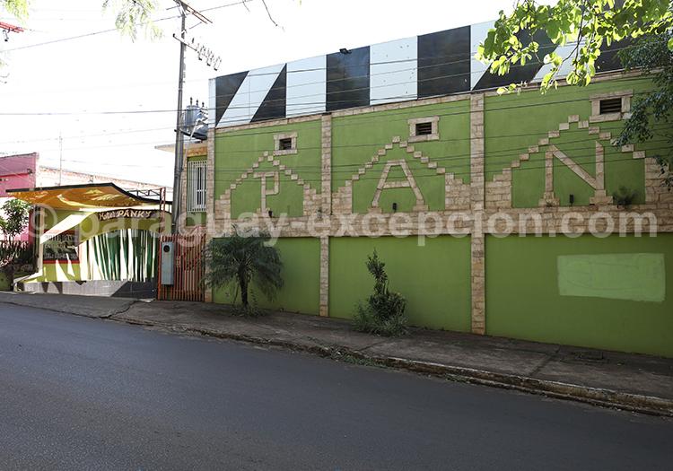 La tradition des motels au Paraguay