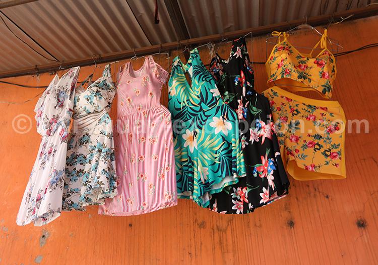 Vêtements suspendus au Paraguay