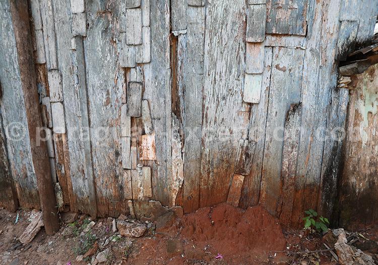 Mur en bois avec Paraguay Excepción