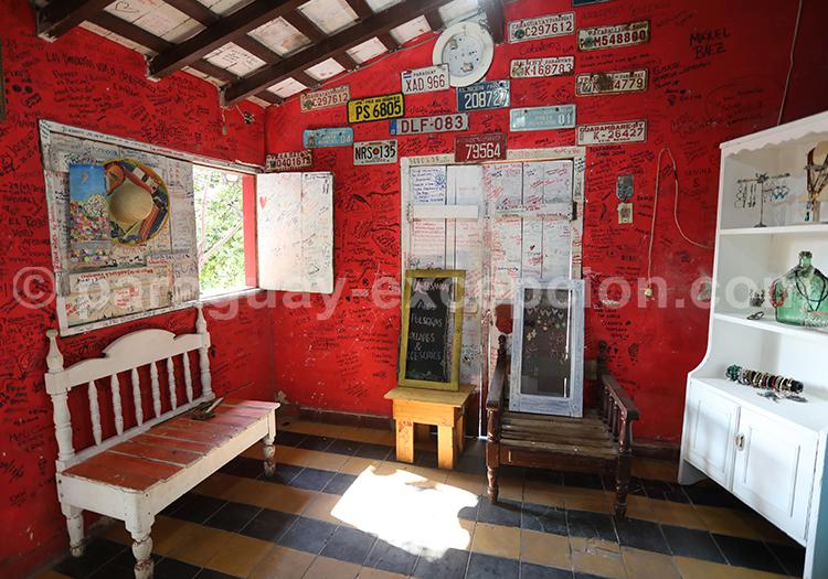 Maison colorée du Paraguay avec Paraguay Excepción