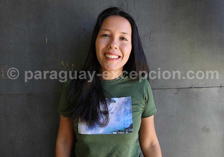 Le sourire d'une jeune femme paraguayenne