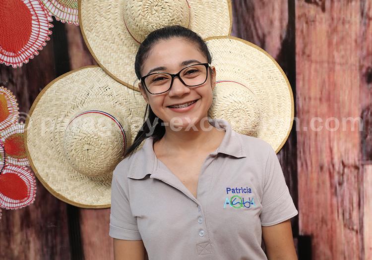 Sourire d'une femme au Paraguay