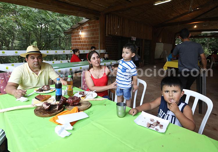 Les repas en famille au Paraguay