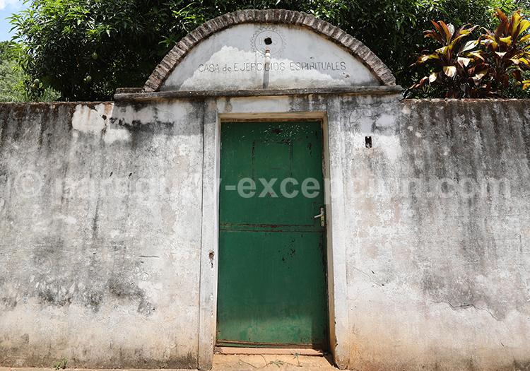 Porte d'entrée d'une maison de San Ignacio, Paraguay