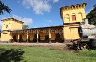 Gare ferroviaire du village de Pirayu, Cordillère, Paraguay