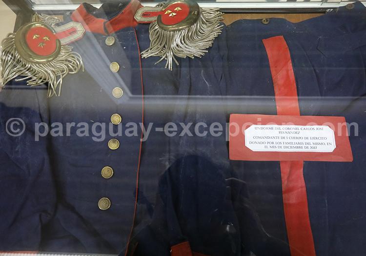 Uniforme du Colonel Carlos José Fernandez