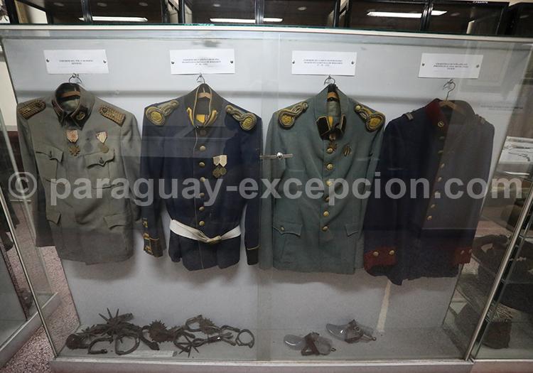 Uniformes de la bataille de Boqueron 1932