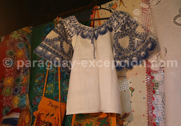 Le tissage, artisanat du Paraguay, Ñanduti