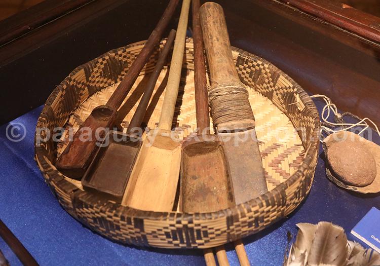 Culture guaranie, musée San Ignacio Guazu, Paraguay