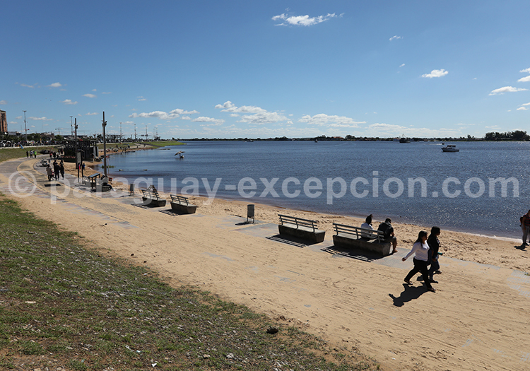 Fleuve Paraguay, Costanera Asuncion, Paraguay