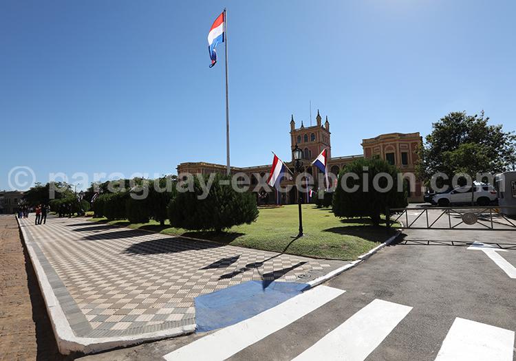 Découvrir le palais présidentiel paraguayen, Asunción