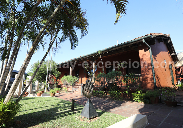 Casa Viola, Asunción, Paraguay