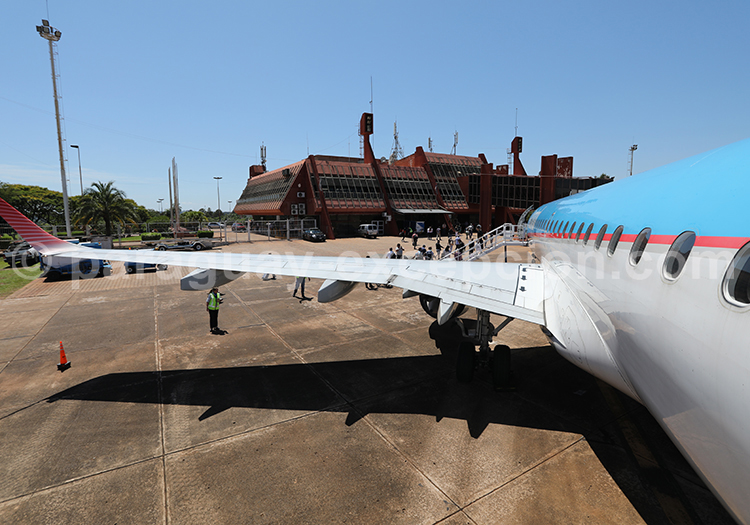 Aéroport de Posadas, Argentine