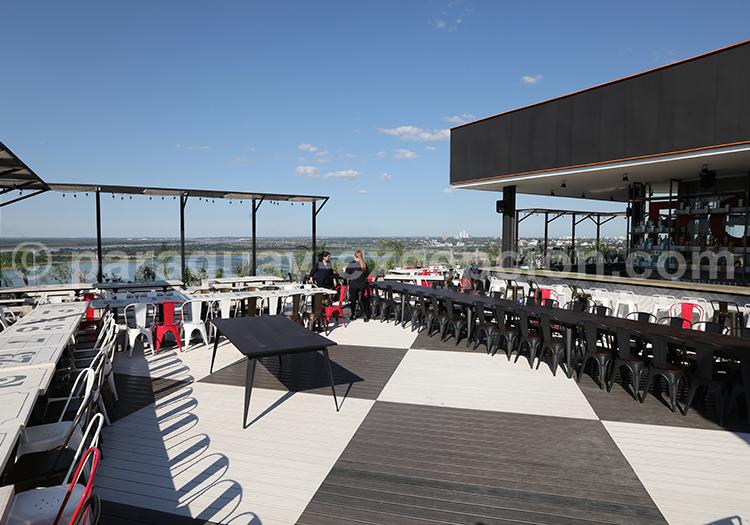 Déjeuner au Café Negroni à Asunción au Paraguay