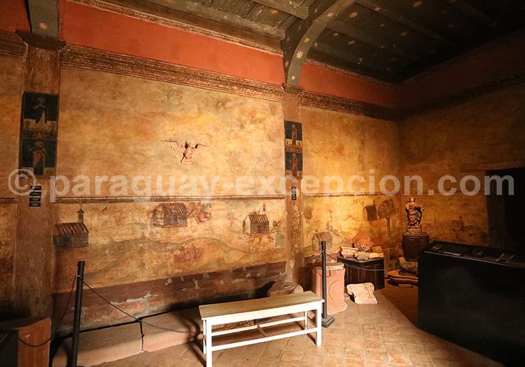 Visite du musée Santa Rosa, Yvy, Paraguay