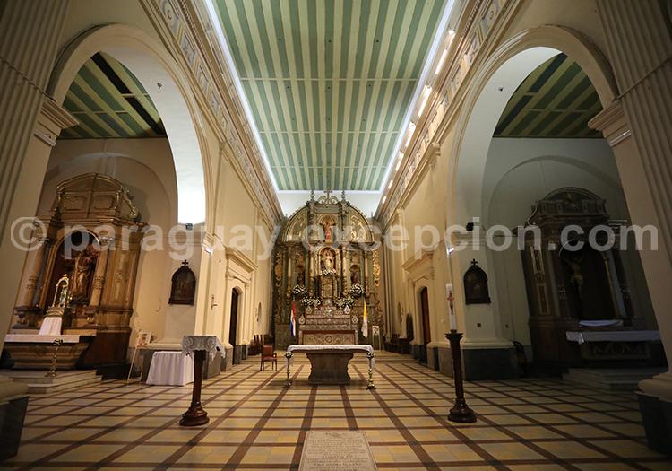 Intérieur de la cathédrale d'Asunción du Paraguay