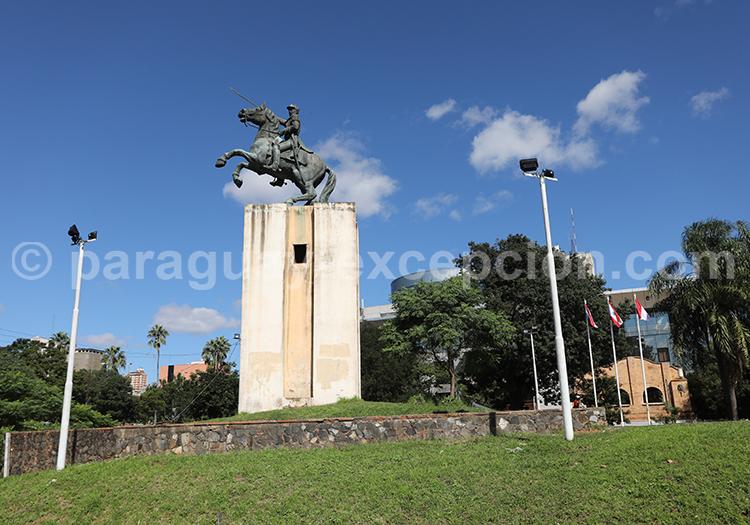 Monument au Maréchal Francisco Solano Lopez, Asuncion, Paraguay