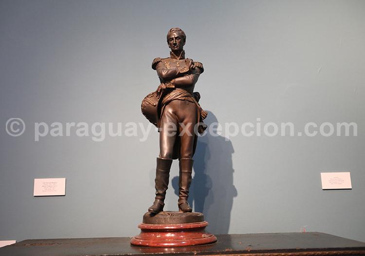 Statuette, musée des Beaux Arts Asuncion