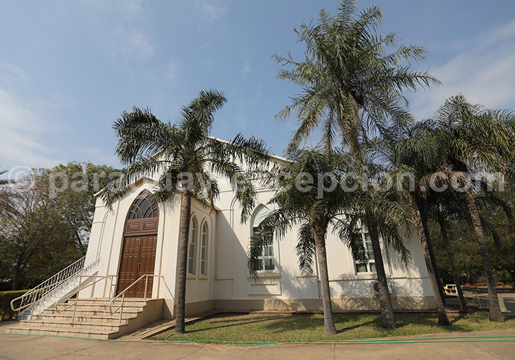 Une des églises de Filadelfia Paraguay