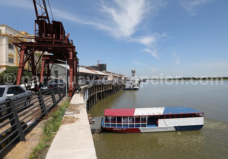 Voyager à Asunción, ville portuaire, Paraguay