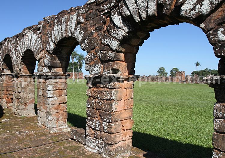 Découvrir Santísima Trinidad de Paraná, région Misiones au Paraguay