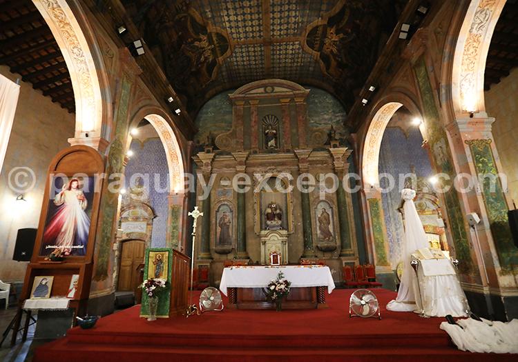 Visite privée de l'église de la Santísima Trinidad