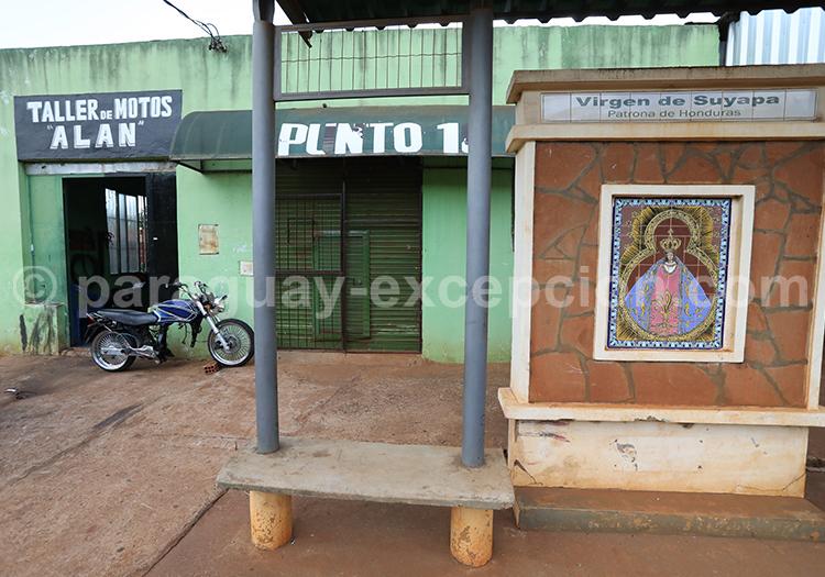 Route des vierges à Encarnación, Paraguay