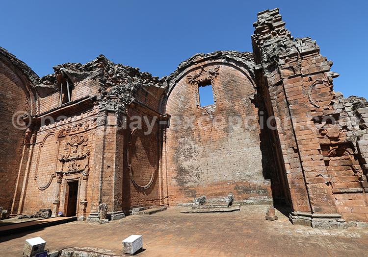 Parcourir les différents sites des missions jésuites du Paraguay, Santisima Trinidad
