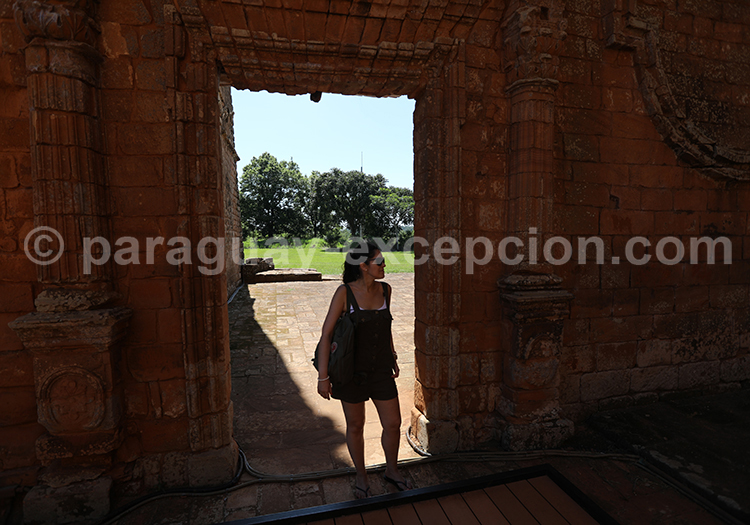 Aller visiter les ruines de la mission jésuite Santisima Trinidad del Parana, Paraguay
