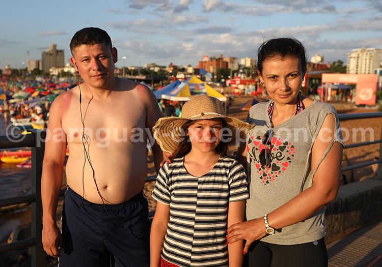 Partir entre amis à Encarnación au Paraguay