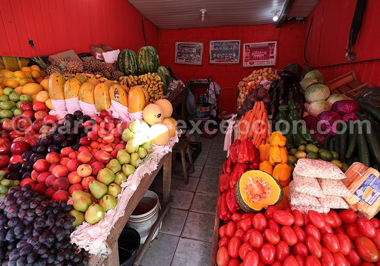 Acheter des fruits et légumes au marché Abasto, Ciudad del Este