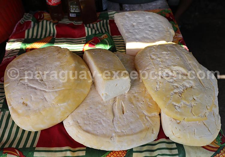 Les fromages du Paraguay, marché Abasto, Ciudad del Este
