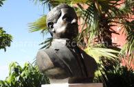 Statue de Augusto Roa Bastos, écrivain du Paraguay