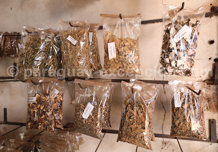 Noix et épices du marché Abasto, Ciudad del Este