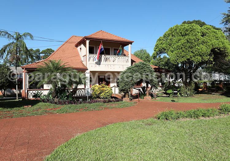 Visiter la manufacture Yerba Selecta, production de maté, Bella Vista, Paraguay