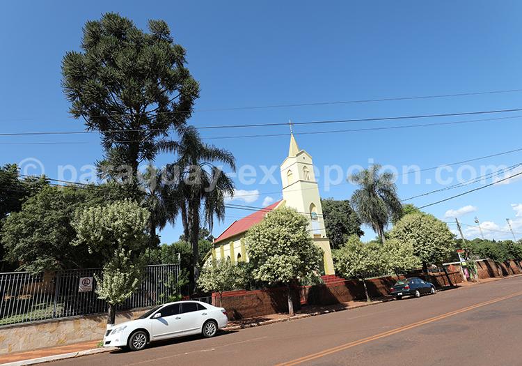 Eglise de la ville Bella Vista, Yvy, Paraguay